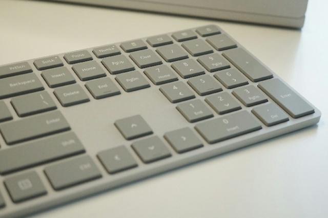 Surface_Keyboard_04.jpg