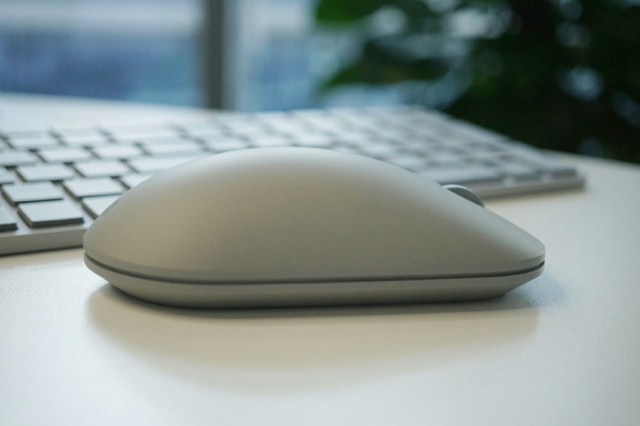 Surface_Mouse_06.jpg