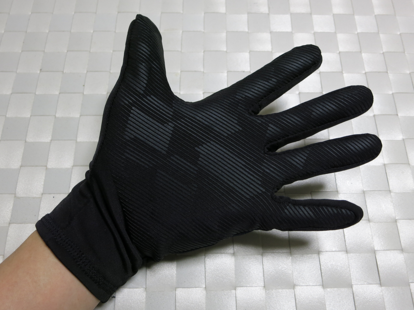 dhb_Windslam_Stretch_Glove_11.jpg