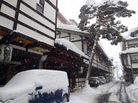 007雪の中大阪屋さんに