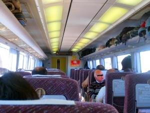 016列車内