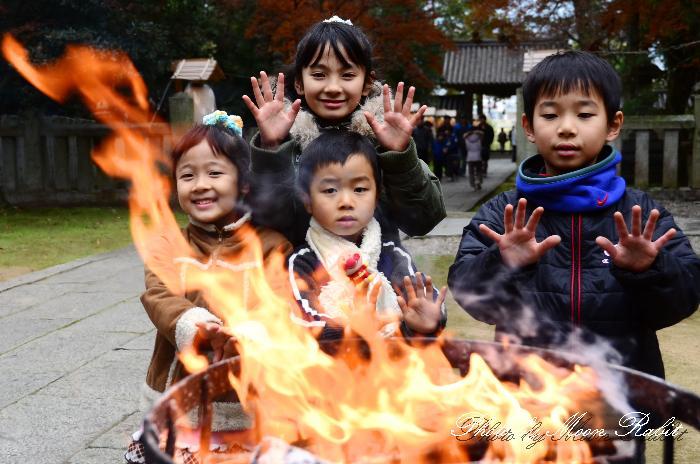 焚火 初詣の石岡神社