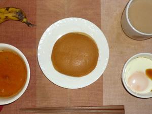 塩キャラメルパンケーキ,トマトスープ,目玉焼き,バナナ,コーヒー
