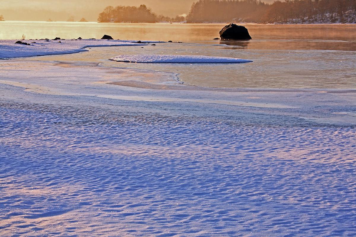 初冬湖畔 2