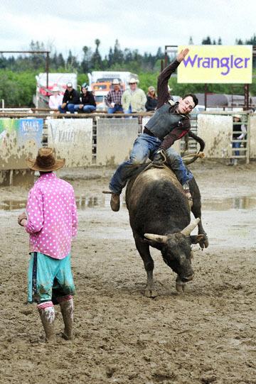 blog 24 D3S Oakdale Rodeo, Bull Riding 2-15 RR, Steve L. Carter (NS Lakeside, CA) 2_DSC6110-4.10.16.(2).jpg