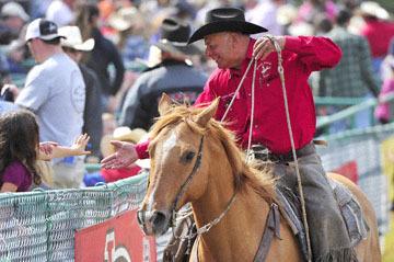 blog (6x4@300) 89 Rowell Ranch Rodeo, Bull Riding, Ending, Mutton Busters Winner's Ride, Mr. Field_DSC0993-5.21.16.(7).jpg