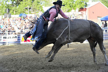 blog (6x4@300) Yoko 36 Gold Coutry Rodeo, Bull Riding 12, Dave Alberts (NS MJ Mikes Monsoon)_DSC8070-4.23.16.(2).jpg