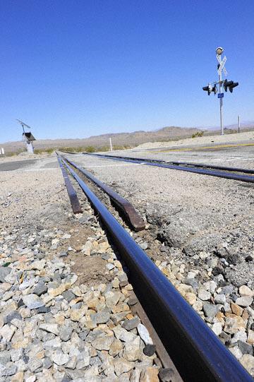blog 7 Mojave to Death Valley, 395S Torona Rd, Railroad Crossing, CA_DSC5898-4.4.16.(1).jpg
