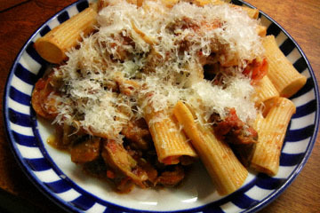 blog Cooking, Lunch, Rigatoni with tomato salad_DSCN3193-10.16.16.jpg