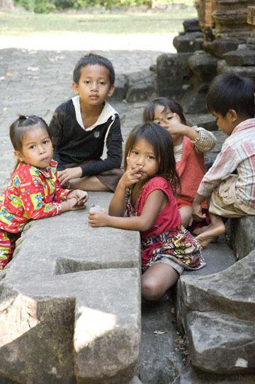 blog 232 Cambodia, Siam Reap, Roluos Group (Lolei, Preah Ko, Bakong) Preah Ko_DSC0201-12.4.13.(1).jpg