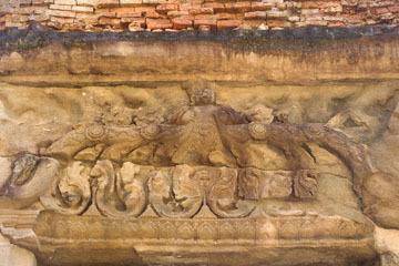 blog 232 Cambodia, Siam Reap, Roluos Group (Lolei, Preah Ko, Bakong) Preah Ko_DSC0213-12.4.13.(1).jpg
