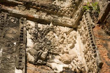 blog 232 Cambodia, Siam Reap, Roluos Group (Lolei, Preah Ko, Bakong) Preah Ko_DSC0219-12.4.13.(1).jpg