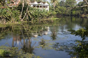 blog 232 Cambodia, Siam Reap, Roluos Group (Lolei, Preah Ko, Bakong) Bakong_DSC0267-12.4.13.(1).jpg