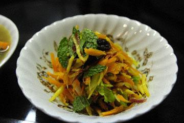blog 190 Cooking, Carrot Salad, Mendocino, CA_DSC4208-12.11.16.jpg
