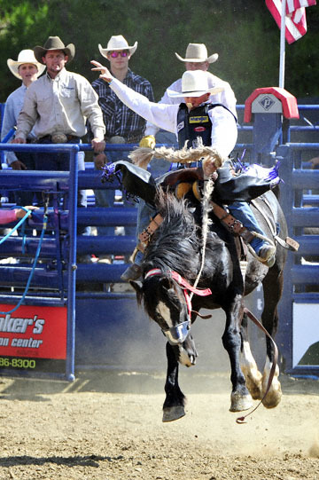 blog (4x6@300) Yoko 39 D3S Gold Country Rodeo, Saddle Bronco 11, Rusty Wright (84