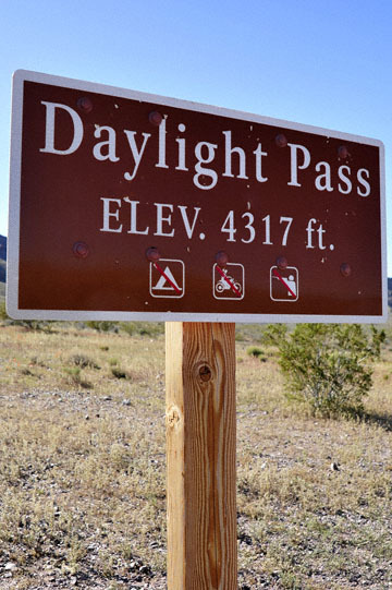 blog 10 Mojave to Death Valley, Death Valley, Daylight Pass, Road Sign, CA 2_DSC2102-4.5.16.(2).jpg
