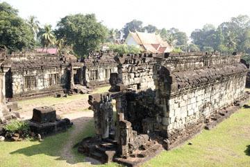 blog 233 Cambodia, Siam Reap, Roluos Group (Lolei, Preah Ko, Bakong) Bakong_DSC0005-12.4.13.(2).jpg