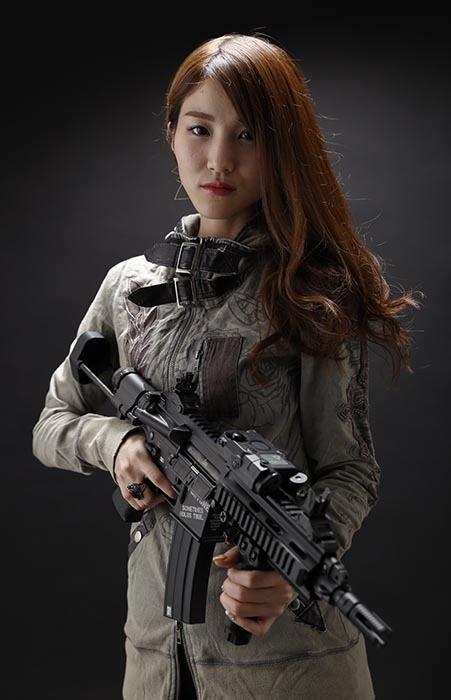 彩音:HK416C