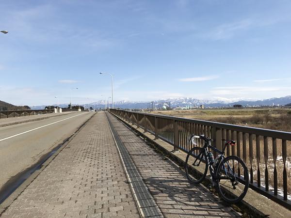 4橋から白山
