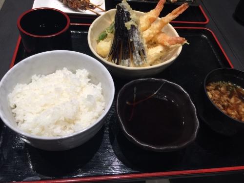 新世界通天閣付近朝日劇場に天ぷら天丼専門店ふかみ海老天盛り定食