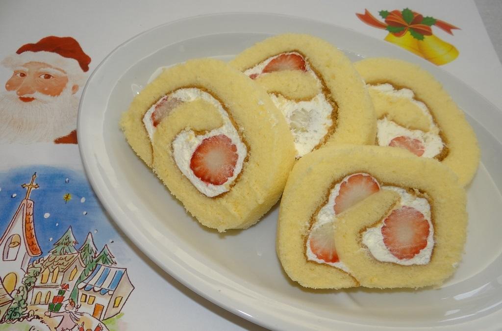 苺ロールケーキ4カット