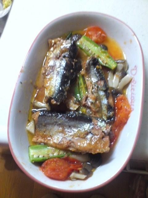 焼き秋刀魚のアヒージョ