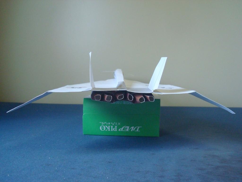 XB-70_Valkyrie_back.jpg