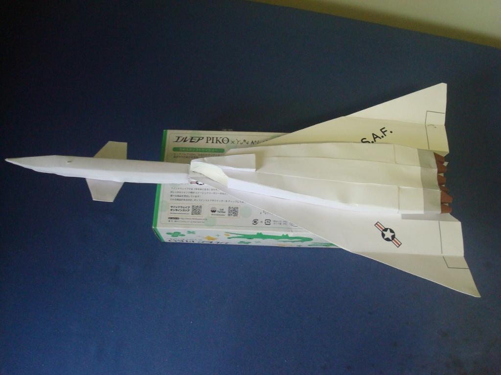 XB-70_Valkyrie_bottom.jpg