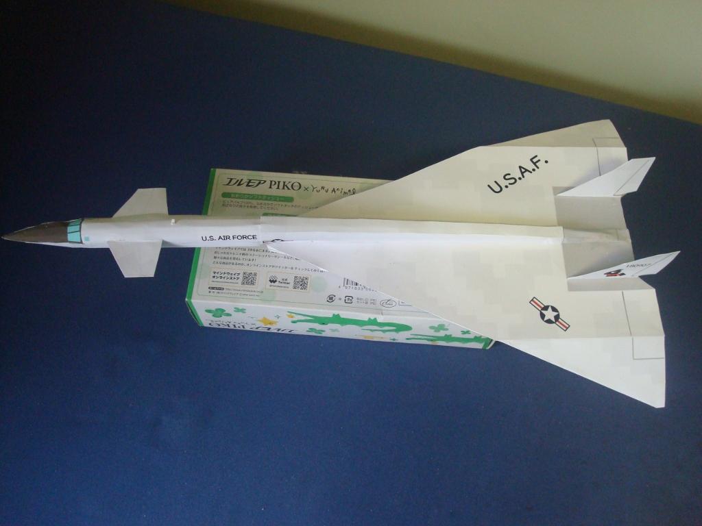 XB-70_Valkyrie_top.jpg