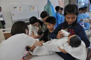 img_0aaee544a6小学生が楽しく医療を学ぶ