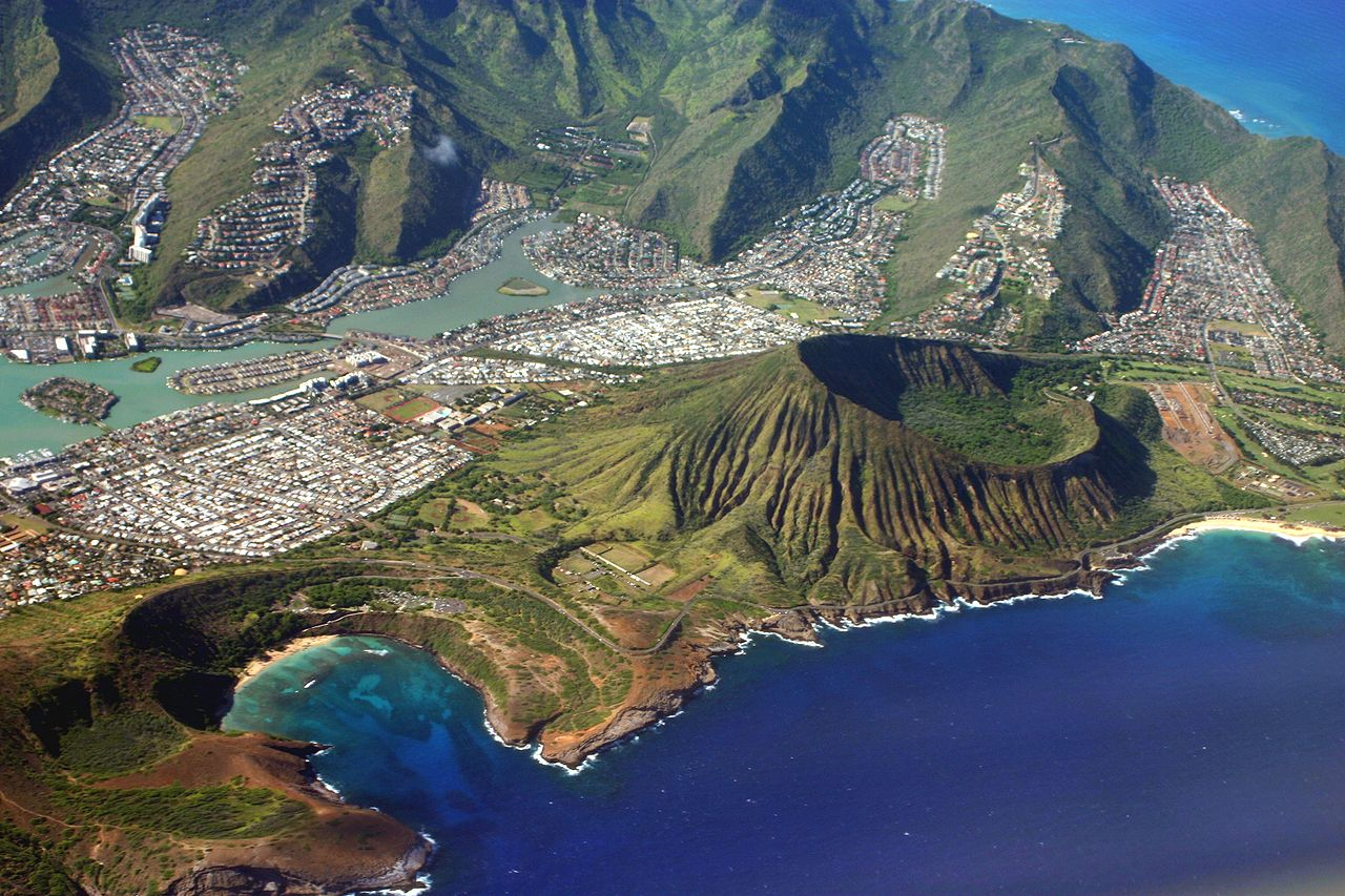 1280px-Oahu_from_air2.jpg