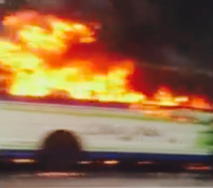 東広島バス炎上