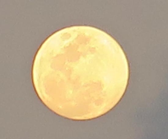 波照間島の満月