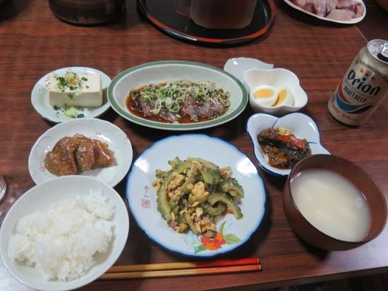 シイラの刺身、マーボー茄子、ゆしどうふ汁、大和煮、ゆで卵、ゴーヤチャンプルー