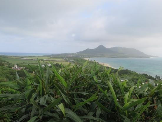 石垣島 玉取崎から石垣島の細いところ