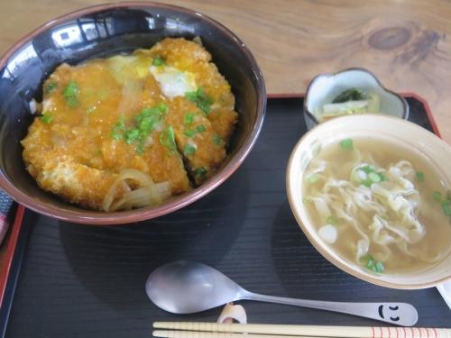 嘉平のカツ丼+ミニそば