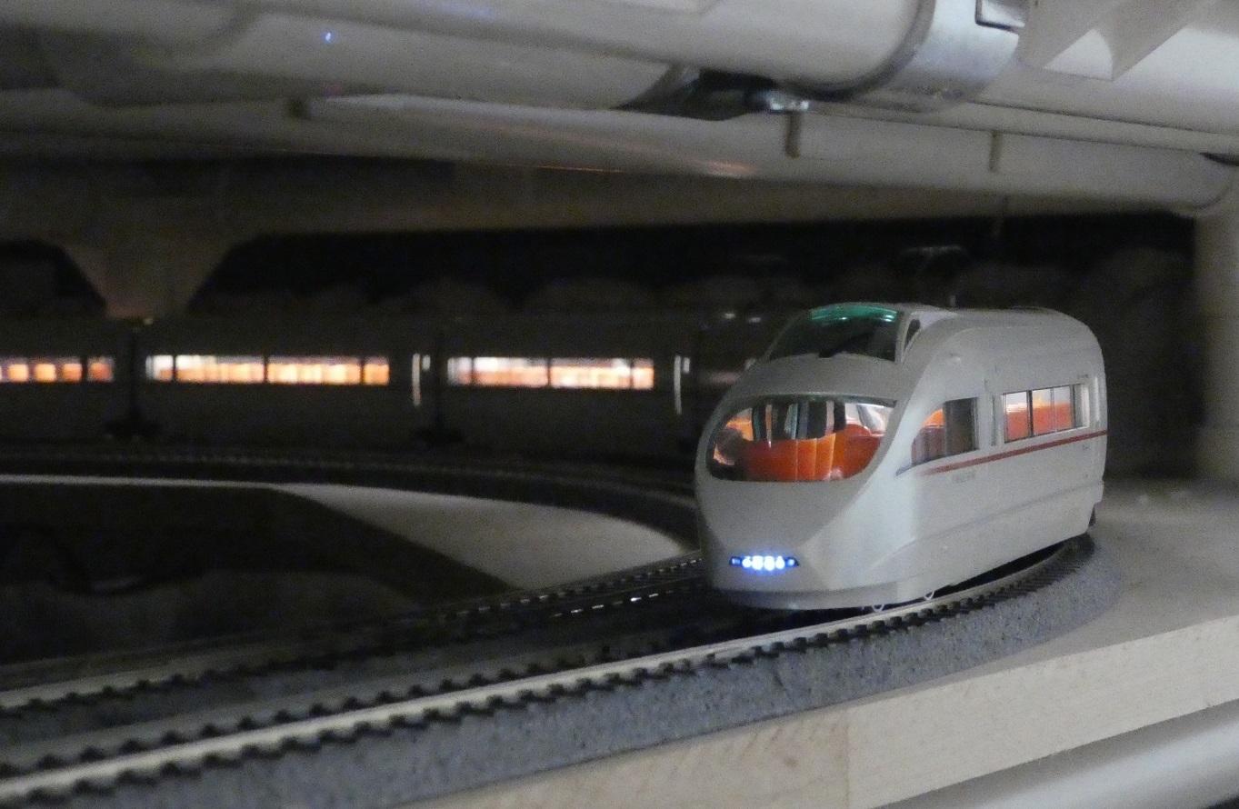 川崎駅 レイアウト製作日誌