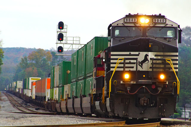 Nov916 NS9046 Intermordal Irondale1