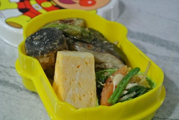シイタケとレンコンの肉詰め弁当1