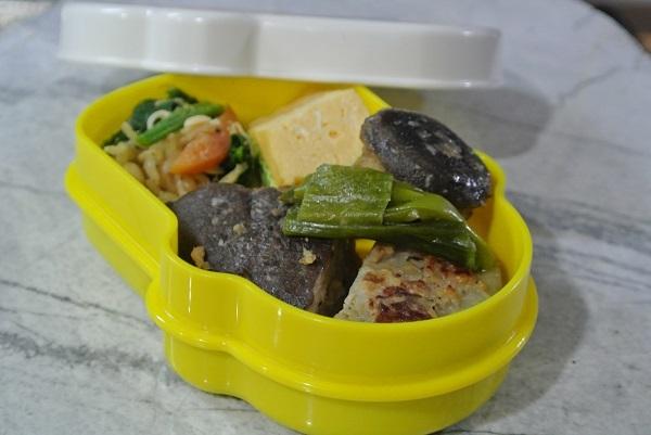 レンコンとシイタケの肉詰
