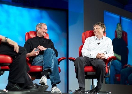 800px-Steve_Jobs_and_Bill_Gates_(522695099).jpg