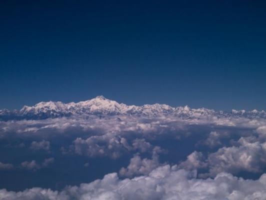 Everest7853786.jpg