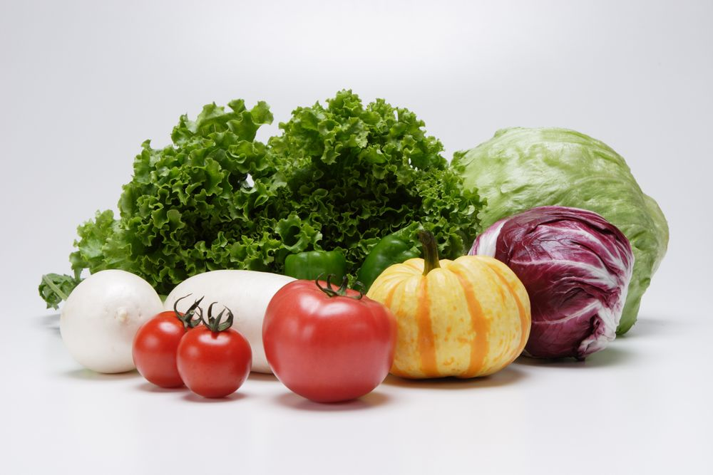 【保存方法】冷蔵庫での保存がNGの食材 → 「トマト、コーヒー豆・お茶、粉チーズ、きゅうり、バナナ、ぶどう」