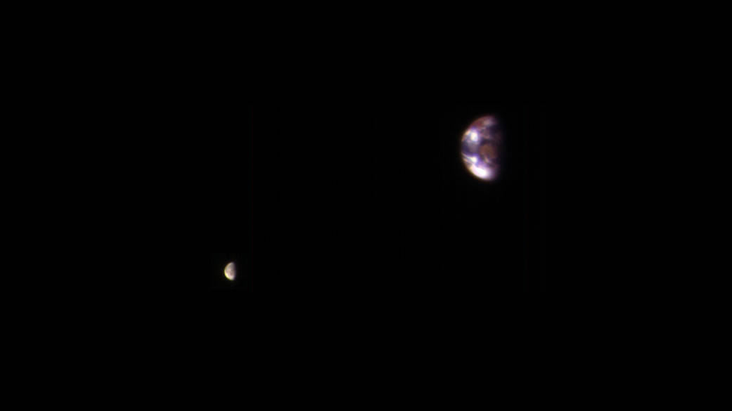 【NASA】火星から「地球と月」を見るとこうなる…濁った感じで茶色っぽい?