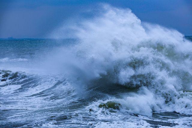 【海】北大西洋で「19m」の巨大な波を観測…観測史上最大にWMO「これは驚くべき記録だ」
