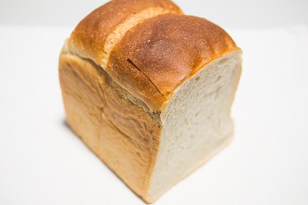 くまくる食パン
