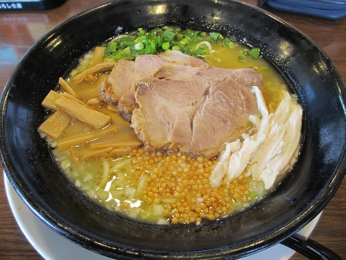 ちゅんり 蝦潮白湯麺