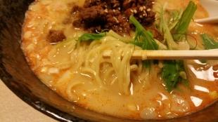 つばめや 担々麺 (4)