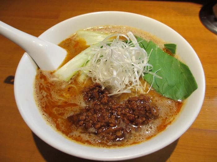 アオゾラメンポ 担々麺