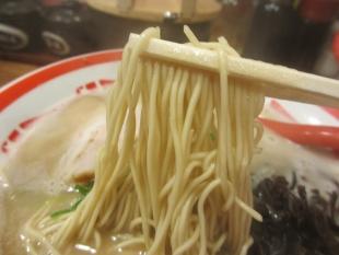 ブタシャモジ 豚ソバ 麺